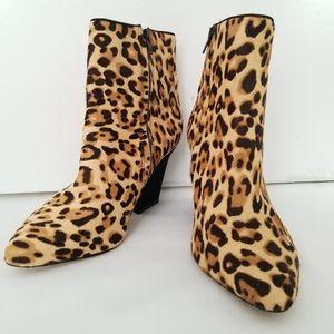 Antonio Melani Jollee Leopard Fur Booties Size 8